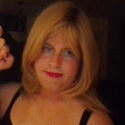 Nancy92, CrossDresser 26  Kennewick Washington