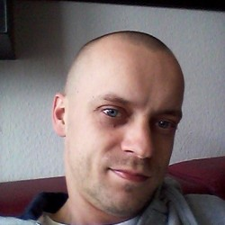 RaphaelPL, Bi male (CD admirer) 27  Krefeld Nordrhein-Westfalen