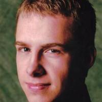ChrissyK, Male (CD admirer) 26  Port Angeles Washington