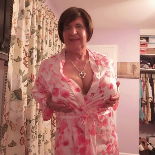 JaniceEmory, Transgender 74  Vincentown New Jersey