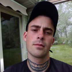 WickXdbXdmXbGxD, Male (CD admirer) 23  Howell Michigan