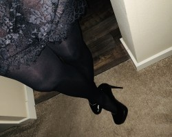 Love black nylons and heels