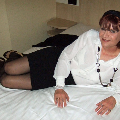 lucy_bee, CrossDresser 52  York North Yorkshire