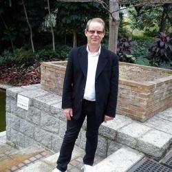Tonyson, Bi male (CD admirer) 57  Chatham Kent