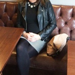 Sara_looking4friends, Transvestite 50  Ascot Berkshire