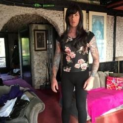 ashleyce, Transgender 45  Trenton Ontario