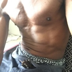 Bxbigdikkkdaddy, Male (CD admirer) 40  Bronx New York