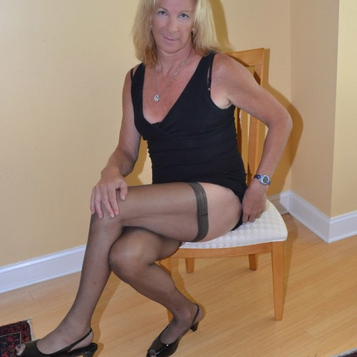 TerriR, CrossDresser 60  Tampa Florida