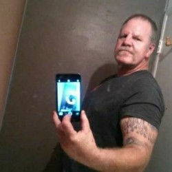 Cantlickemall, Male (CD admirer) 54  Riverside California