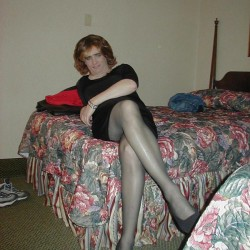 Mizhelle, CrossDresser 47  Palmdale California