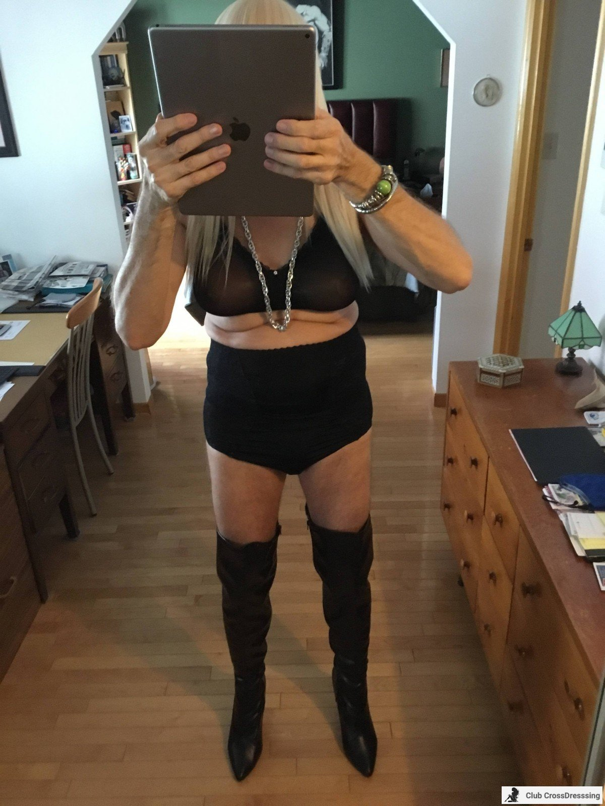 I bought the Blond wig and Boots this Morning, having fun trying them on!!!