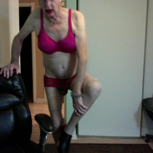 laurie_lace, CrossDresser 77  Barrie Ontario