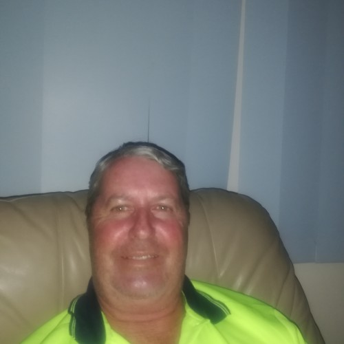Julie69hot, Male (CD admirer) 58  Milperra New South Wales