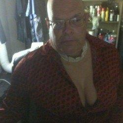 leslia, Male (CD admirer) 55  Carson City Nevada